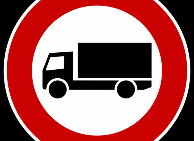 divieto-circolazione-mezzi-pesanti